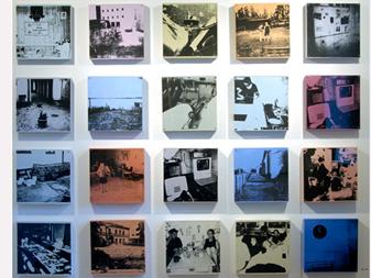 flera små bilder i textiltryck som har motiv från foton tagna klockan elva varje dag.